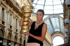 Cristina Chiabotto nei guai con il Fisco: debito da 2,5 mln di euro, deve vendere i negozi