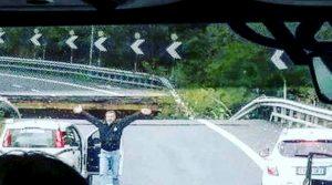 """A6, crollo viadotto vicino Savona. Testimone: """"Abbiamo pensato subito ad un nuovo ponte Morandi"""""""