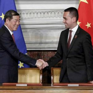 Italia, accordo di Di Maio con la Cina per fare uno sgarbo all'Unione Europea?