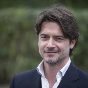 """Ettore Bassi, l'ex moglie accusa: """"Fa guerra sui soldi e sta poco con le nostre figlie"""""""