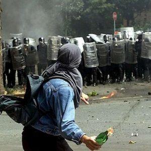 G8 Genova: Francia rimette in libertà Vincenzo Vecchi, Italia voleva estradizione. E' l'ultimo black bloc latitante