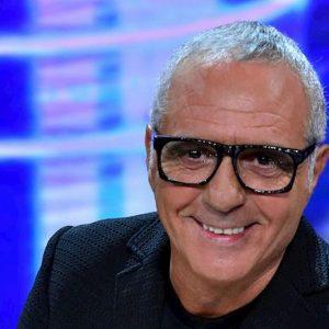 """Domenica In, Giorgio Panariello in lacrime: """"Mai conosciuti mia madre e mio padre"""""""