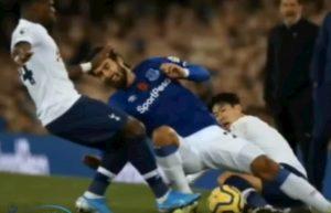 André Gomes, caviglia spezzata dopo fallo di Son in Everton-Tottenham VIDEO