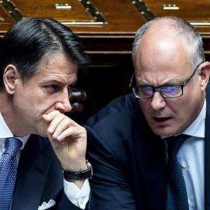 Roberto Gualtieri e Giuseppe Conte, Ansa