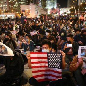 Niente, i protestanti di Hong Kong...dono della parola addio