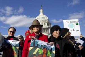 Jane Fonda alle proteste contro il cambiamento climatico