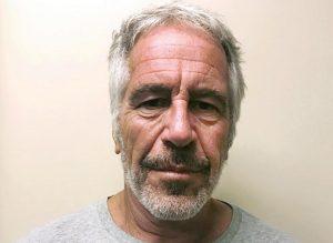 Epstein, Ghislaine Maxwell ammette aver portato donne per massaggi