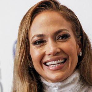 Jennifer Lopez col movimento MeToo: Voleva vedere le mie...