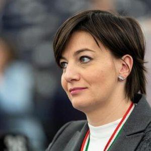 Mensa dei poveri: la deputata (Fi), il candidato sindaco (Lega), i Tigros...
