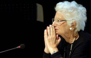 Liliana Segre, un solo paese al mondo deve dare scorta alla superstite del lager di Auschwitz