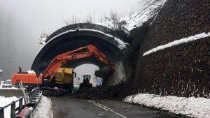Maltempo, frane in Alto Adige, deraglia un treno in Val Pusteria. A Pordenone scuole chiuse
