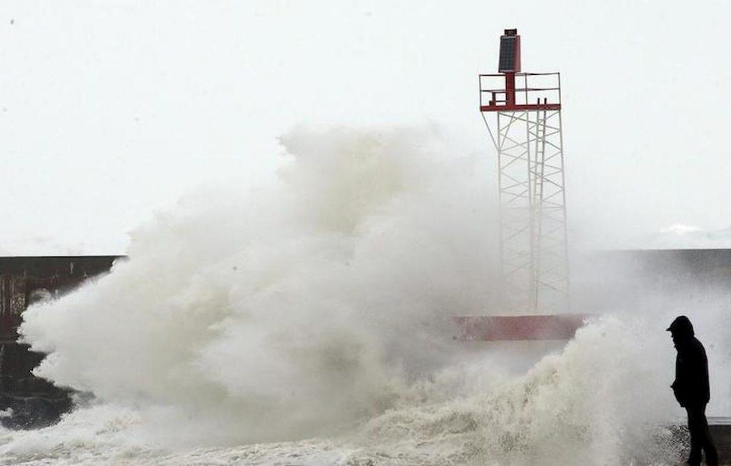 mare in tempesta in Francia