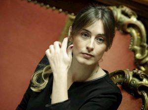 """Maria Elena Boschi, Massimo Sestini: """"Mi piacerebbe fotografarla tra le lenzuola di un letto..."""""""