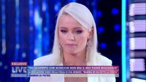 """Eva Henger contro la figlia: """"Tutti sapevano di Riccardo Schicchi, non doveva parlarne"""""""