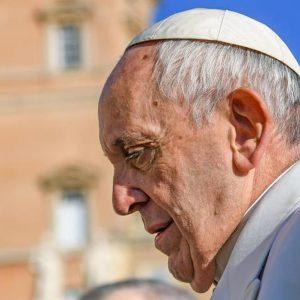 Papa Francesco apre casa per clochard in Palazzo Migliori a San Pietro