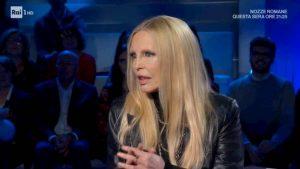 """Patty Pravo a Domenica In racconta a Mara Venier: """"I 2 uomini con cui sono stata contemporaneamente..."""""""