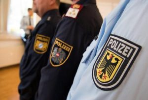 La polizia tedesca. Ansa