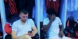 Milan Rebic Kessie al cellulare, tifosi furiosi sui social