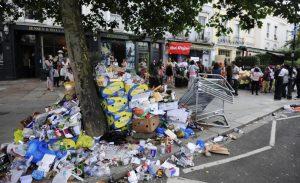 Gran Bretagna invia rifiuti di plastica sporca in Malesia