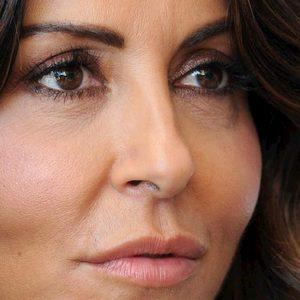 """Tu si que vales, giallo Sabrina Ferilli: """"Ogni tanto sparisce e viene sostituita da Belen"""". Fan preoccupati"""