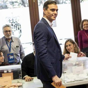 Spagna al voto, rivincono i socialisti ma rebus governo