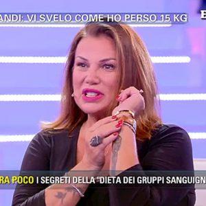 """Pomeriggio 5, Serena Grandi: """"Sono stata con Gianni Morandi, ma lui mi lasciò..."""""""