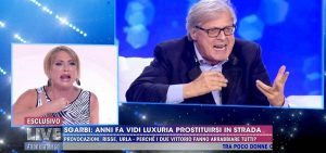 """Live Non è la D'Urso. Lite Sgarbi-Luxuria: """"Lo hai detto tu che ti prostituivi. Non mi rompere il ca..."""""""