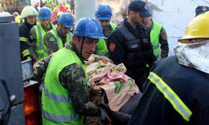Terremoto Albania, nuova scossa al largo della costa: operazioni sospese