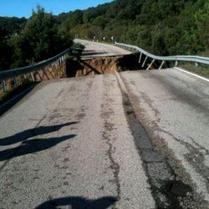 """Olbia. Auto precipitate per l'alluvione 2013 (tre morti). La Finanza ai parenti: """"Rimuovetele"""""""
