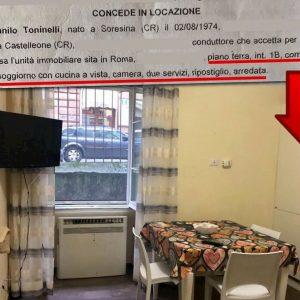 """Danilo Toninelli ad Alessandro Sallusti: """"Ecco la mia reggia: un bilocale da 30 mq"""" FOTO"""
