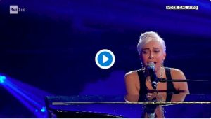 Tale e Quale Show, Veronica Perseo emoziona imitando Lady Gaga