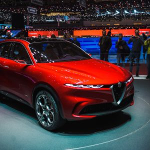 Alfa Romeo Stelvio: perché conviene il noleggio a lungo termine