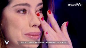 """Verissimo, Aida Yespica: """"Matteo Ferrari non mi lascia vedere mio figlio"""""""