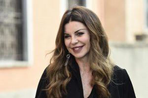 Alba Parietti attacca Giampiero Mughini a La Zanzara