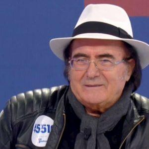 """Albano Carrisi con Simona Ventura per la prima volta in tv dopo la morte della madre: """"Quando arrivai a Milano..."""""""