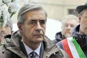 Valle d'Aosta, governatore Antonio Fosson si dimette per l'inchiesta sulla 'ndrangheta e i voti di scambio