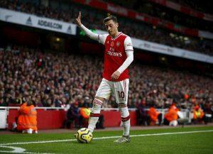 Arsenal-Manchester City, tv di Stato cinese cancella la partita in tv dopo il tweet di Ozil pro uiguri