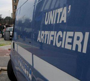 """Roma, disinnescato pacco bomba destinato al Viminale. A firma """"Nemici dello Stato"""""""