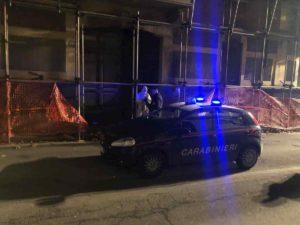 Asti, incendio in centro in un palazzo in ristrutturazione: morto un senzatetto marocchino
