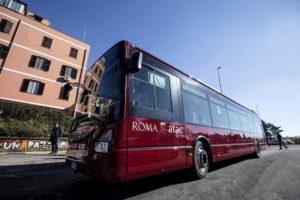 Roma, due autisti Atac licenziati: erano drogati al loro primo giorno di lavoro