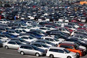 Auto aziendali, tassa azzerata. Sulla plastica quasi. +3% di Ires ai concessionari tipo Autostrade