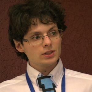 """Benedetto Motisi a SocialCom spiega """"la percezione della credibilità tra realtà e rete"""""""