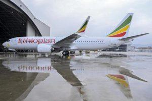 Boeing, crisi Max 737: cacciato l'a.d. Dennis Muilenburg