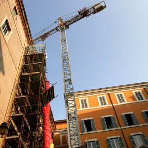 Bonus facciate casa: lo sconto del 90% non vale per grondaie, cavi e impianti pluviali