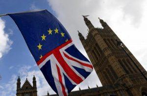 Brexit: se vince Boris Johnson obbligatori per i turisti passaporto e visto elettronico (tipo Esta)