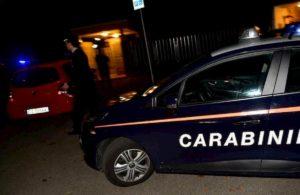 Milano, commando armato fa irruzione in hotel la notte di Natale: rubati bancomat e 1000 euro
