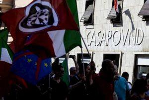 """Casapound, Facebook riattiva la pagina dopo l'ordinanza del tribunale. """"Valutiamo opzioni"""""""