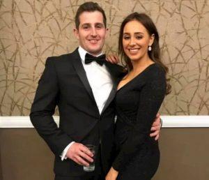 Il testimone dello sposo si ubriaca e picchia la sposa: matrimonio finisce in poche ore