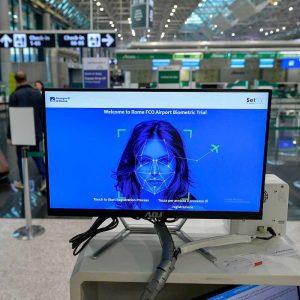 Fiumicino, al via sperimentazione per riconoscimento biometrico passeggeri. E' il primo in Italia