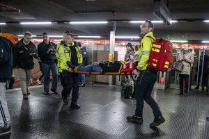 Milano, brusca frenata metro linea 1: 7 feriti in ospedale